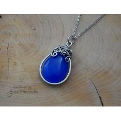 Wisiorek z niebieskim Jadeitem