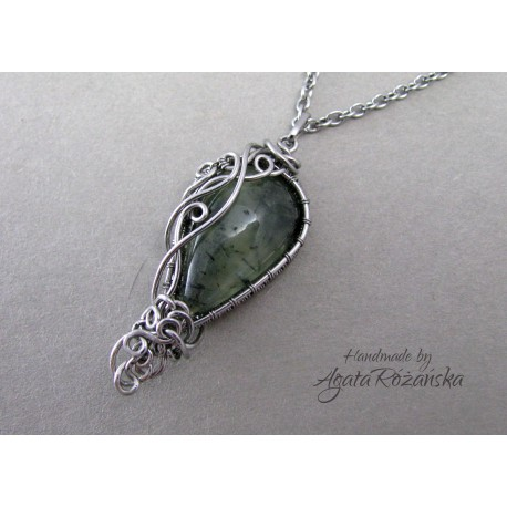 Wisiorek Prehnit, wire wrapping