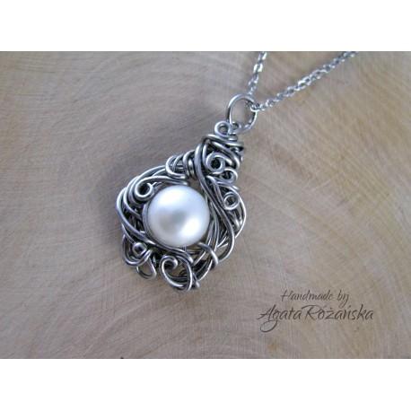 Wisiorek z perłą, wire wrapping