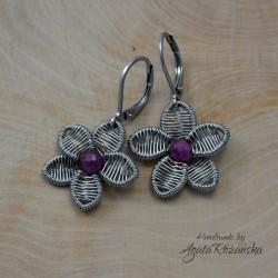 Kolczyki kwiaty z naturalnymi rubinami, wire wrapping
