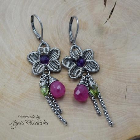 Kolorowe kolczyki kwiaty, ametyst, jadeit, peridot, wire wrapping