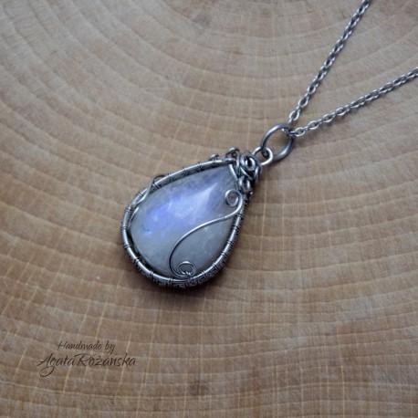Wisiorek Kamień Księżycowy, wire wrapping, stal chirurgiczna