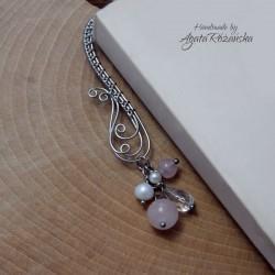 Zakładka do książki z kwarcem różowym, perłami i kryształem górskim, stal chirurgiczna wire wrapping