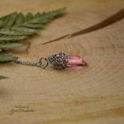 Wisiorek talizman jasno różowy kryształ górski