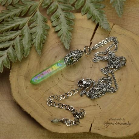 Wisiorek talizman zielony kryształ górski aura