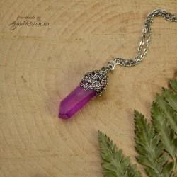 Wisiorek talizman fioletowo jagodowy kryształ aura