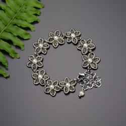 Bransoletka kwiatki z perełkami, wire wrapping