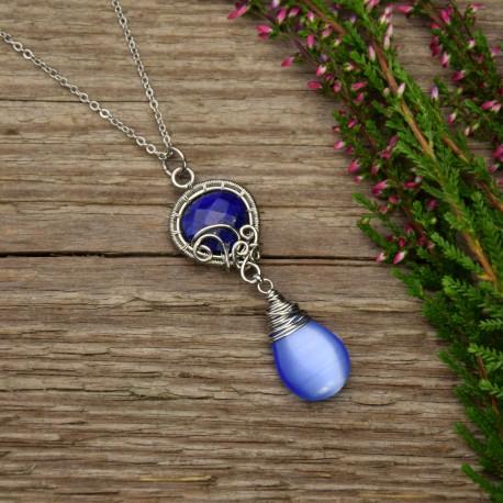 Niebieski wisiorek lapis lazuli i kocie oko wire wrapping